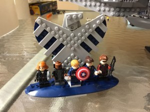 Finishing the Lego Marvel Avengers Helicarrier pic 7